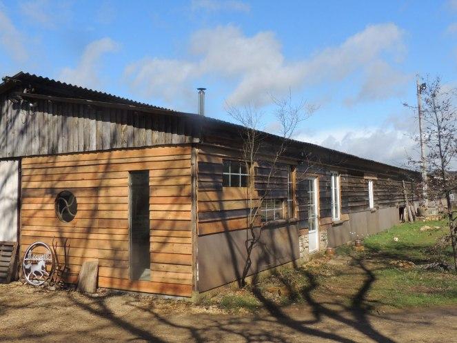 Le club-house (extérieur)